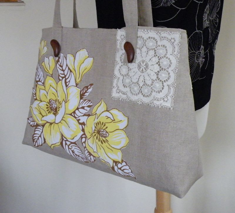 Yellowflowersbag 004