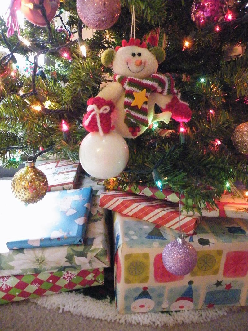 Presents 001